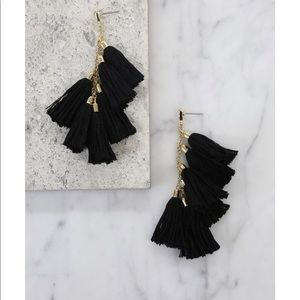 Daydreamer Tassel Earrings in Black & Gold Ettika